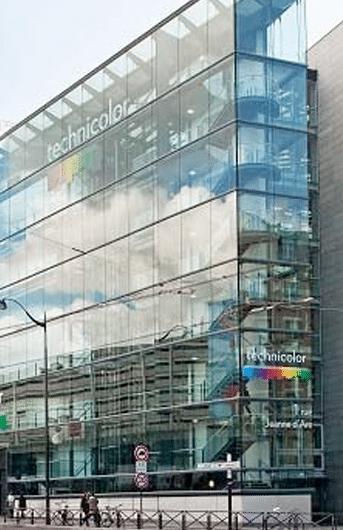 Vue de la façade du nouveau siège à Paris de Technicolor - Quaero programme de recherche industrielle sur l'analyse automatique et l'enrichissement de contenus multimédias et multilingues